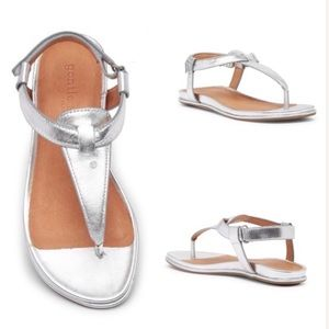 Gentle Souls Silver Leather oxford thong sandals
